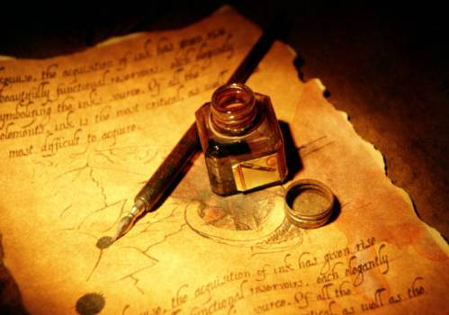 Pluma y tinta para escribir